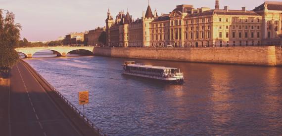 Você já pensou em fazer um cruzeiro de rio?