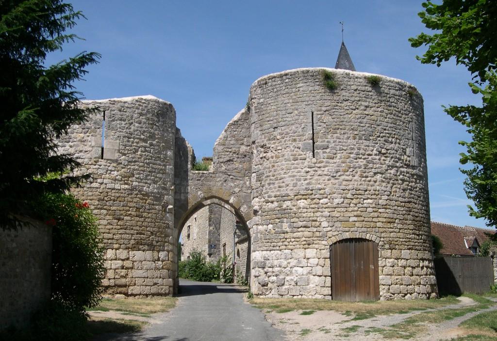 France_Loiret_Yevre-le-Chatel_Chateau_01