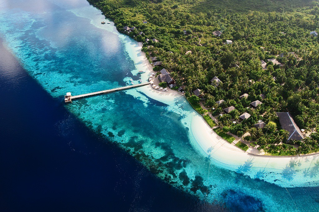 Wakatobi-Dive-Resort_photo-by-Didi-Lotze