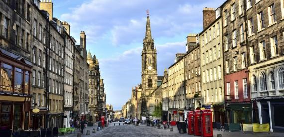 Edimburgo – Uma cidade impressionante na Escócia