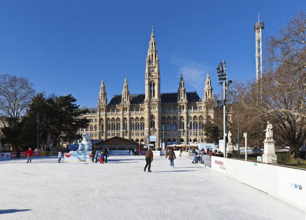 Patinadores de gelo em Wiener Eistraum