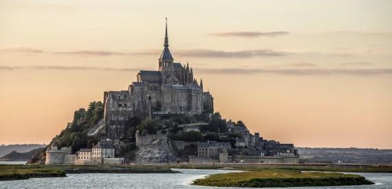 Por que mais de 2,5 milhões de pessoas visitam por ano o Monte Saint-Michel