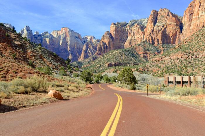 Estrada ao Zion National Park