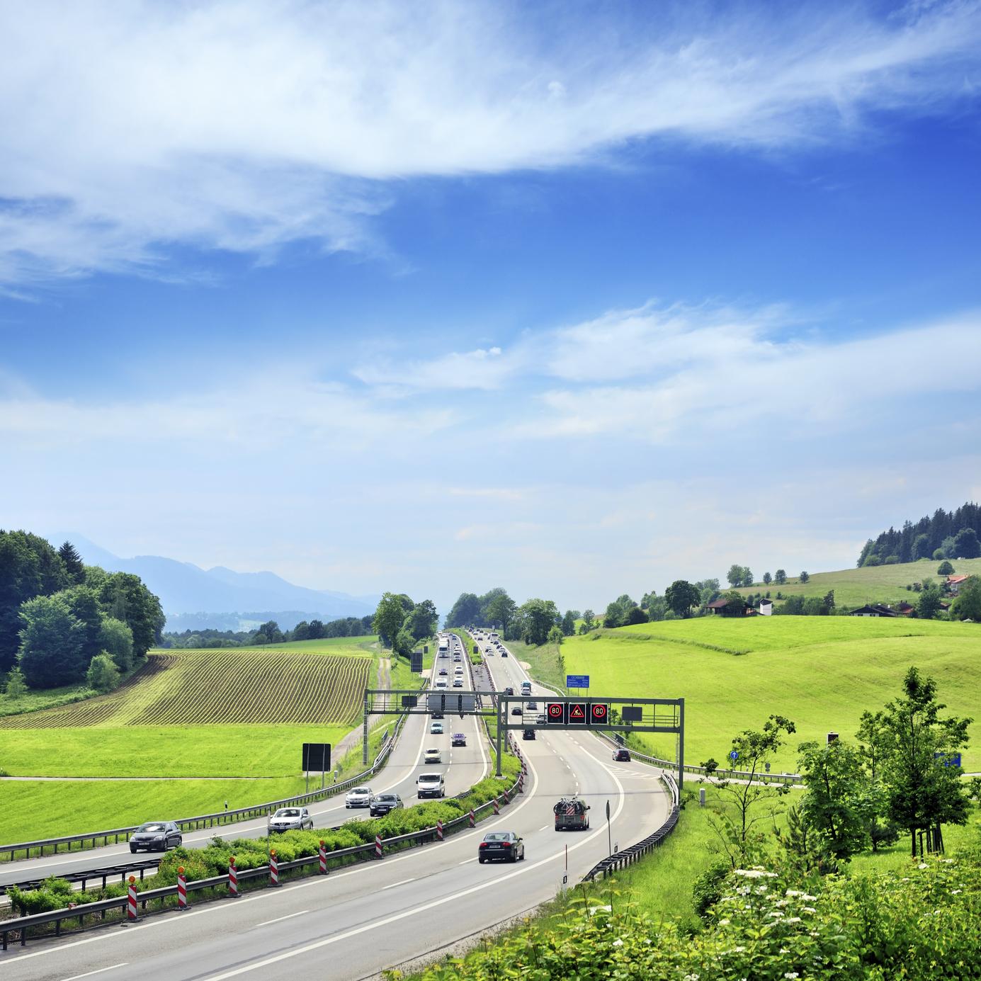 Estrada para as regiões da Baviera