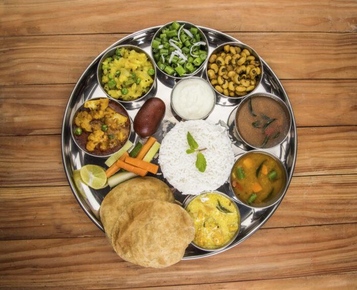Comida indiana Thali