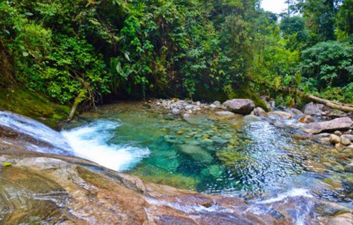Uma das Cachoeiras em Penado