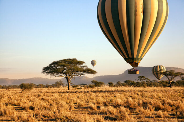 Passeio de balão sobre o Serengeti