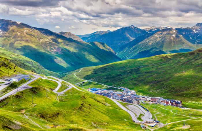 Vista de El Pas de la Casa de montanha