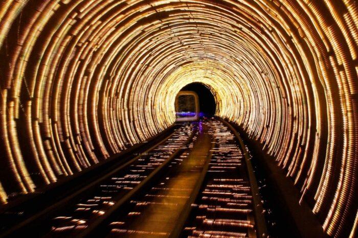 Túnel Iluminado