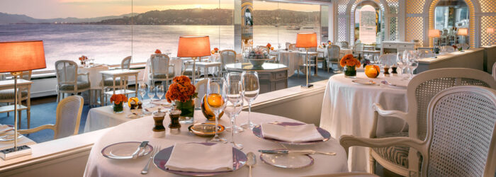 "<img src=""Restaurante- do-Hotel-du-Cap-Eden-Roc.jpg"