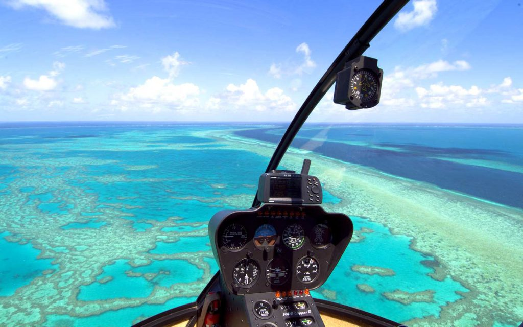 "<img src=""qualia-great-barrier-reef.jpg"
